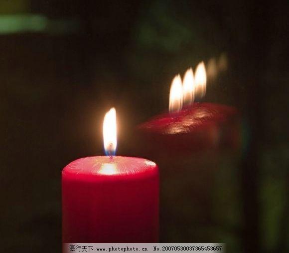 火焰烛火 生活用品 生活家居用品 烛光蜡烛 摄影图库